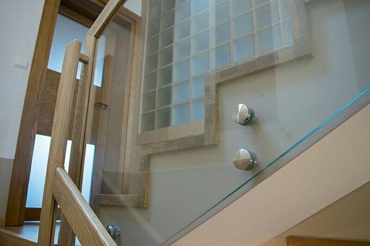 Od 1990 roku wykonuję, wraz z moim zespołem, schody i balustrady w drewnie litym. Nabrałem doświadczenia i wiedzę do tworzenia oryginalnych i ciekawych rozwiązań:). Zapraszam do obejrzenia galerii na mojej stronie http://www.schody-mika.pl/galeria.htm #schodymika #schody #schodydrewniane #stairs #produktyzdrewna #wopdenproducts #wood #drewno #woodworking #woodworker