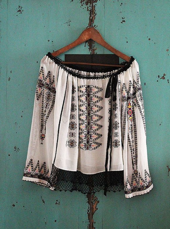 antique ethnic embroidery blouse