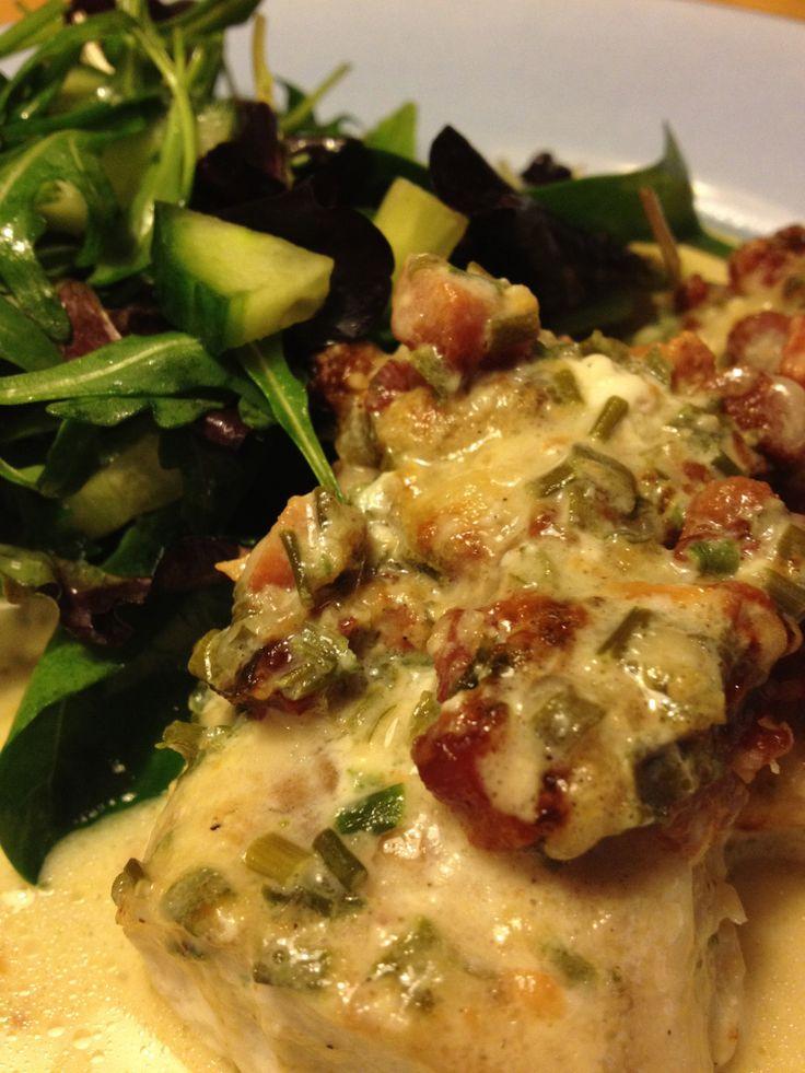 Fisk med bacon, parmesan och gräslök