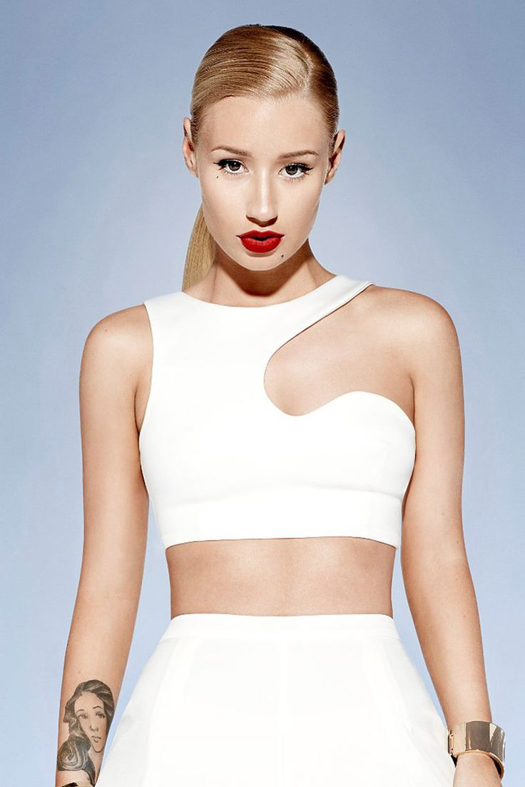 Iggy Azalea  Follow me on  IG: TheHeartShow          SC: Beauty_Jasmine   Pintrest:HeartBreaker94  Twitter: @TheeeHeartShow  (I DONT OWN ANY IMAGE UNLESS STATED)
