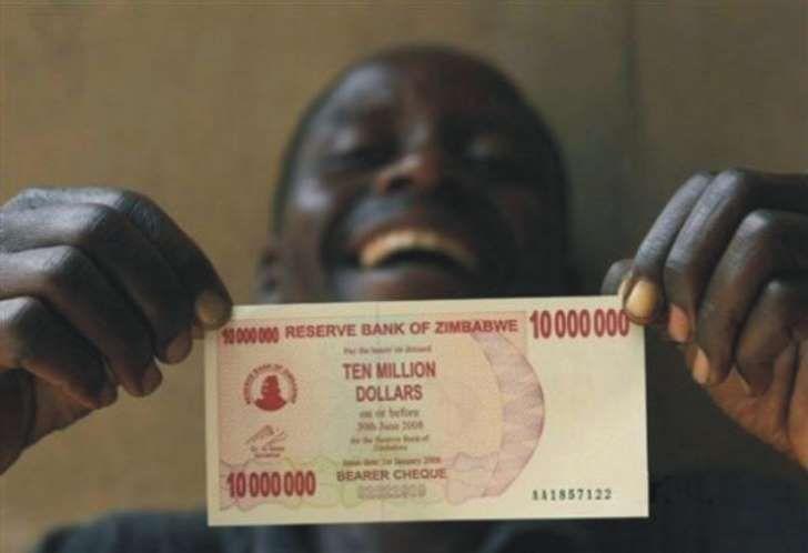 Gobierno de Zimbabue dolariza su economía.  #dólar   #devaluación  #inflación #economía.