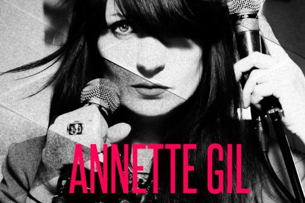 Annette Gil http://www.slottsfjell.no/2013/05/23/annette-gil/