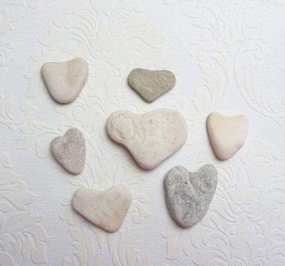 Herz+Steine+natürlichen+herzförmige+Steine+von+FromJeanne+auf+Etsy,+€17.00