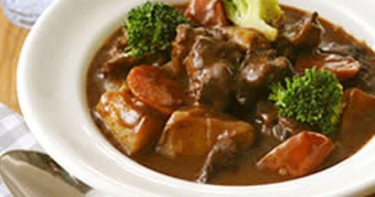 洋食のプロ・ハインツ直伝!基本の食材で手軽に作れる、本格ビーフシチューです。デミグラスソースを使って、お店の味が簡単に♪