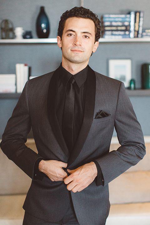 Los-angeles-wedding-shoot-in-santa-monica-groom-grey-tuxedo-close-up
