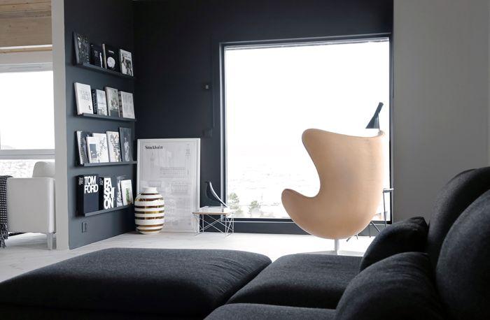 LADY Desmpet sort, Egget, Arne Jacobsen, black wall, Stylizimo Home