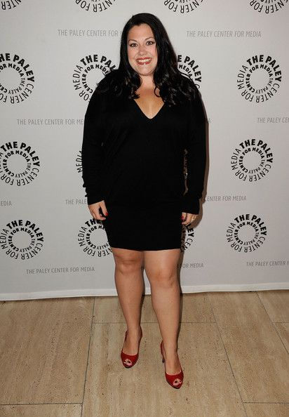 Drop Dead Diva's Brooke Elliot looks AMAZING!