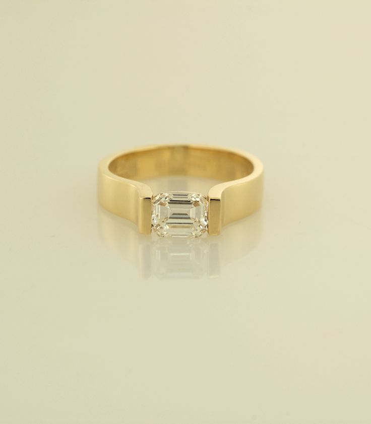 Flat Wedding Rings 33 Inspirational Contemporary yellow gold engagement