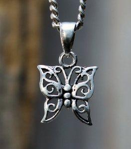 zilveren vlinder hangertje