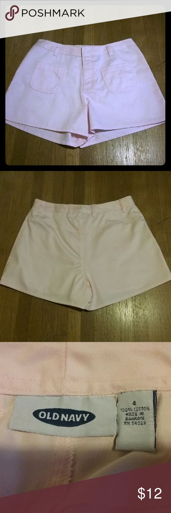 Old Navy (no tags but never worn) pink shorts New Old Navy light pink shorts with 2 front pockets. Very cute. Old Navy Shorts