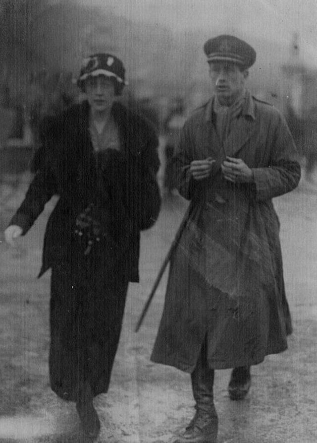 Agatha and Archie Christie.---vintage everyday: 13 Rare Photos of The Queen of Crime Agatha Christie