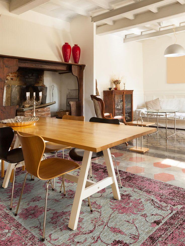 http://www.benuta.de/teppich-vintage-rigina-flora-lila.html Sie suchen einen neuen Teppich für Ihre vier Wände? Wir bei benuta ergänzen unser Angebot ständig um neue und facettenreiche Produkte, um Ihnen eine große Auswahl präsentieren zu können. (Teppich Vintage Rigina Flora )