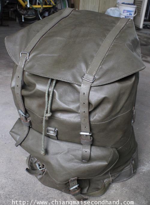 เป้ผ้าใบทหารสวิส Vtg. 1979 Swiss Army Rucksack Backpack สวยมากๆ