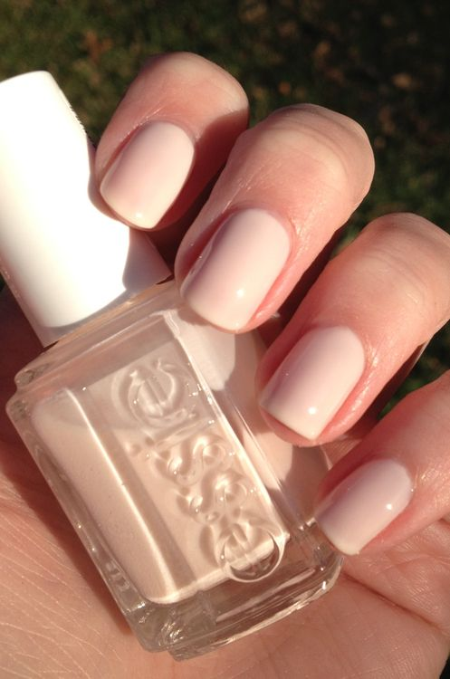 Essie Ballet Slippers, amazing neutral - Next nailpolish I'll buy, Just bought sugar daddy today and wish I would of took this one instead because i find sugar daddy to be a bit too clear, more of a finishing polish.