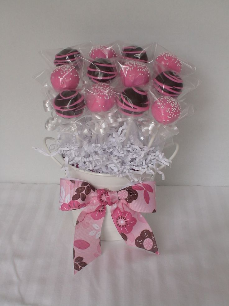 Dozen Diva Cake Pop Bouquet  on Cake Central