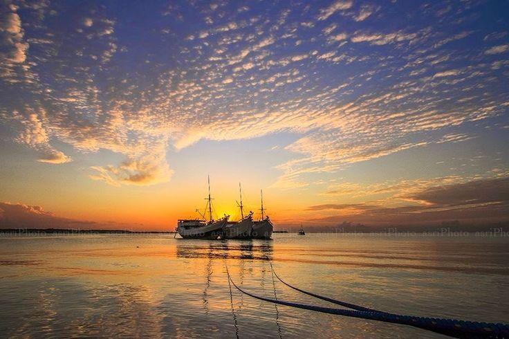 Takabonerate Island Destinasi Wisata Andalan di Sulsel Takabonerate Island merupakan salah satu destinasi wisata yang cukup dikenal dari tiga destinasi wisata andalan di Sulsel