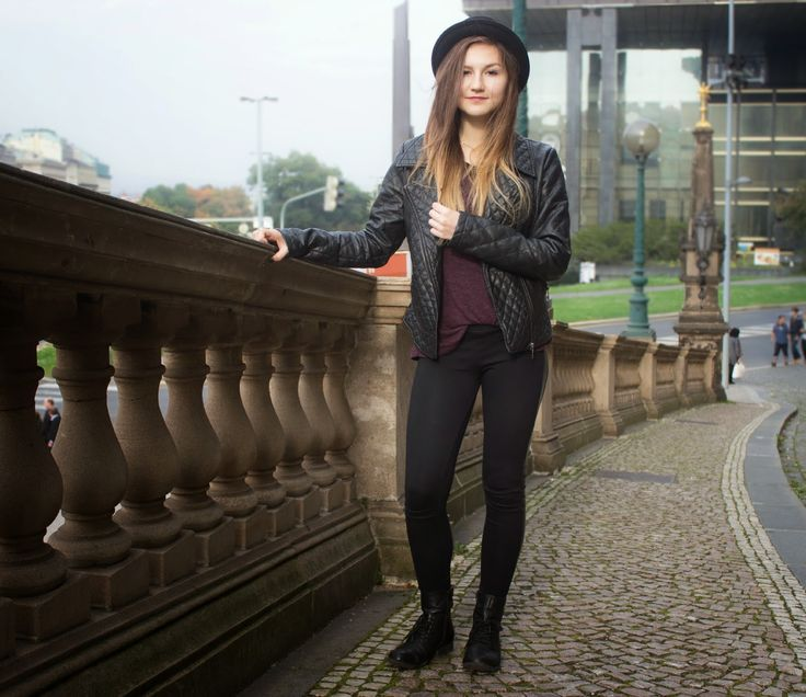 I posted a new OOTD :) hope you like it - http://berrytheblue.blogspot.cz/2014/10/ootd-leather-play.html#more #bblogger #fashion #OOTD