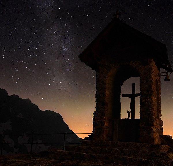 Fotografia notturna in montagna
