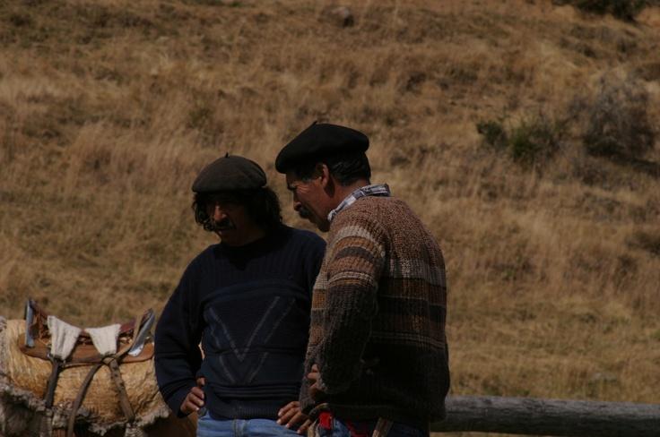 Gauchos, Don Felix y su hermano