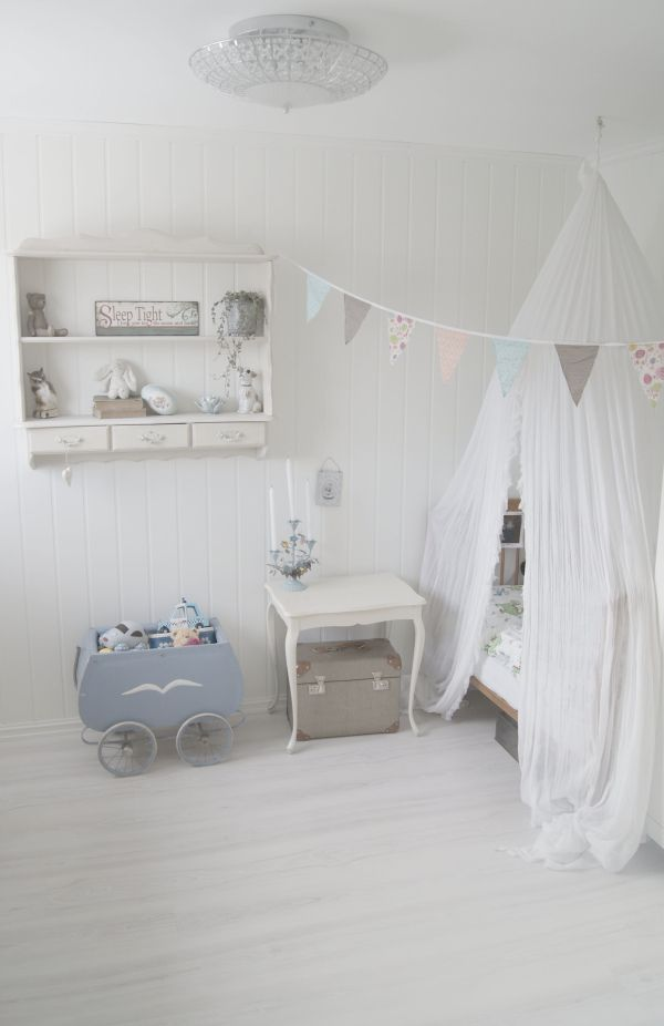 Litehi: Før - og etterbilder av barnerommet!
