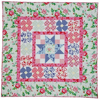 Feminine, cute: Annie Anniesrubyslipperz Com, Porches Quilts, Gorgeous Quilts, Blocks Ideas, Carnabi Street, Quilts Kits, Street Quilts, Anniesrubyslipperz Com Posts, Quilts Red