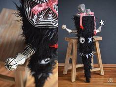 Überall & Nirgendwo: Ein wirklich echtes Schulmonster oder reload der sagenhaften Monster-Schultüte diesmal exclusiv in besonders gruseligem BLACK......from the dark side of the funny monsterworld ;-D!