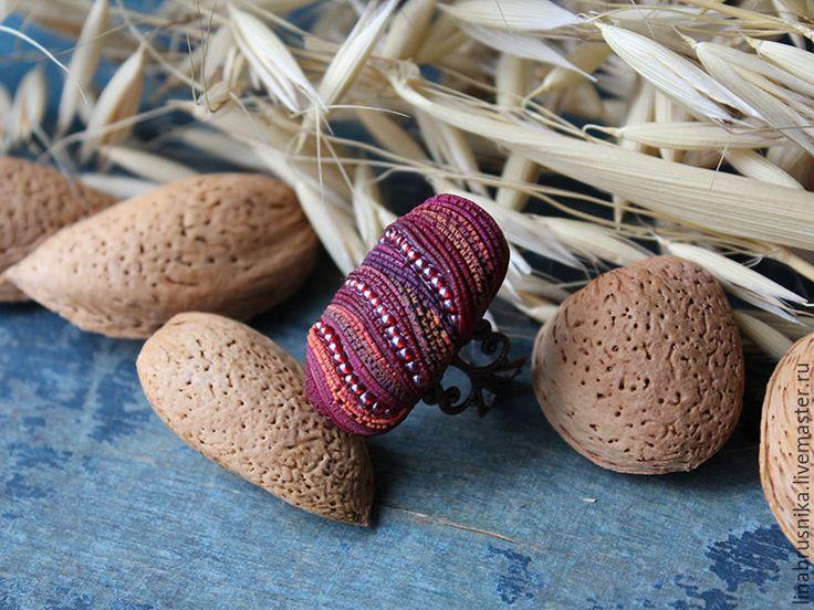 """Купить кольцо """"Осени румянец"""" - бордовый, багряный, бордовое кольцо, осеннее кольцо, осенние украшения"""