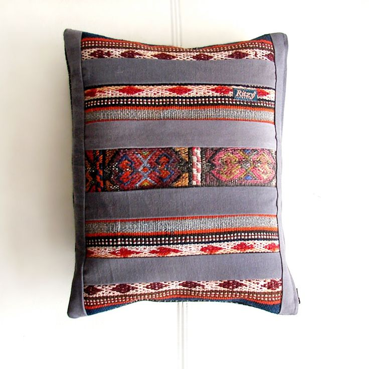 Cushions & pillows – Decor Patchwork Throw Kilim Pillow – a unique product by RitzySelection on DaWanda