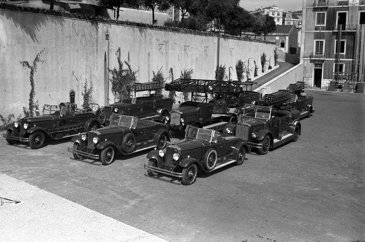 1930 - Viaturas do Batalhão Sapadores de Bombeiros