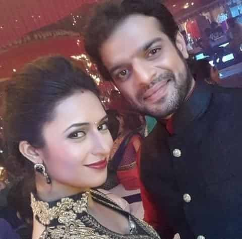 And as of now i m hearing some begging thing about divan selfies.. For that grow up people.. if they want to they will give... begging won't help! Have some respect for yourself!  Just for example.. I love Dee Tee... that doesn't mean i should beg for her pics... because she wont... when she wants she will upload! Don't worship them as gods because they r not!! Bashing any of them won't help u get there selfies! just keep loving them but no need of worshiping! #justwantedtosay