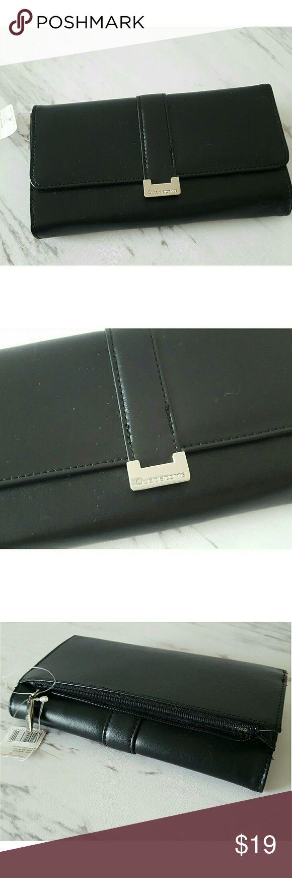 Liz Claiborne Leather Wallet New   Liz Claiborne Liz claiborne Accessories Key & Card Holders
