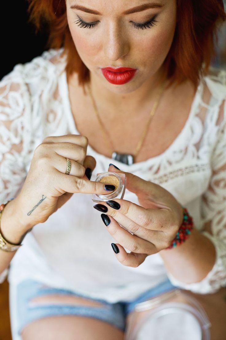 Top 5 Hollywood Makeup Tricks - A Beautiful Mess