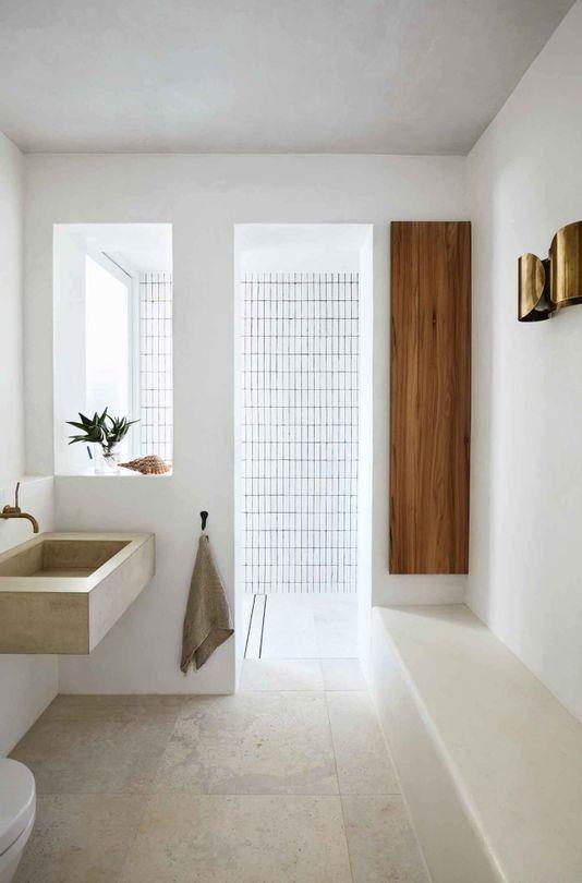 INSPIRATION: Ein Badezimmer, das in Raum, Maßstab und skulpturalem Detail ausbalanciert ist est leben