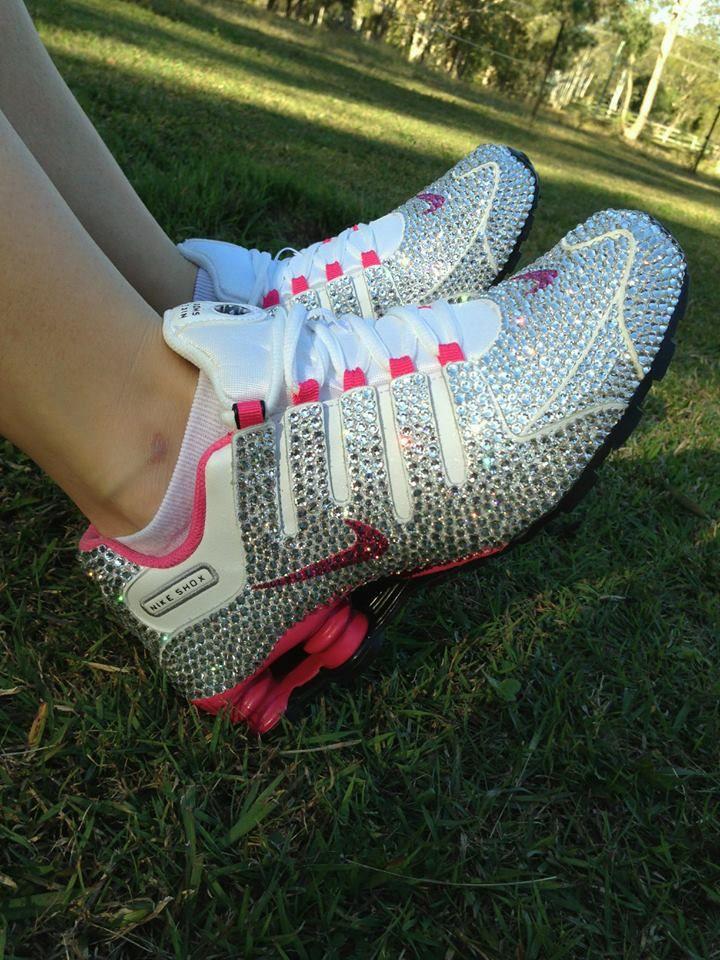 ad8ae111e304 Girls Wearing Nike Shox - Praesta