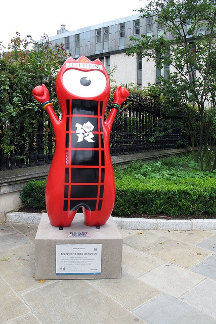 London 2012 mascot Wenlock takes the shape of an iconic red British telephone box by St Pauls