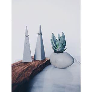 Instagram photo by mels_garden - |ringsonpyramids~agaveintheegg| #mels #melsgarden #concrete #concretedesign #design #decoration #handmade #pot #agave #pyramid #egg #sukulent #plant #plantlove #cement #wood #marble