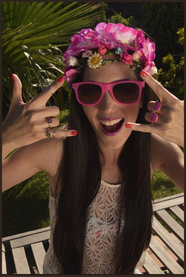 Swimsuit: Accessorize,Denim shorts: H&M, Lace top:H&M, Rings: Accessorize, Sunglasses: Accessorize, Headpiece:Accessorize