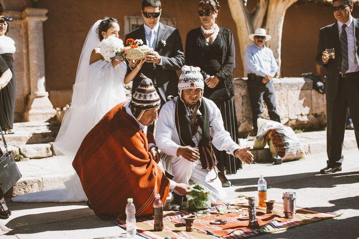 Pago a la tierra, pachamama Andean wedding in Lampa - Puno -  Peru Andean Wedding In Peru Boda andina en Peru Destination Wedding Photographer - Peru