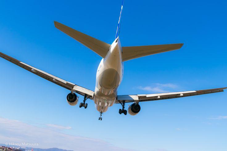 ANA 777-281 JA705A