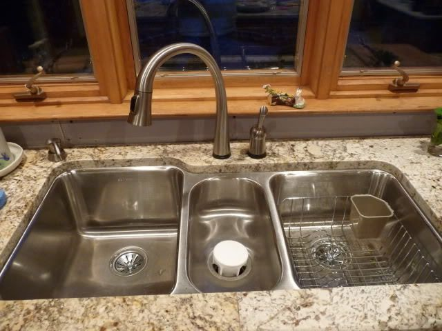Triple Kitchen Sink Retro Lighting Elkay Eluh4020 Lustertone Undermount Stainless Steel 40x20x9