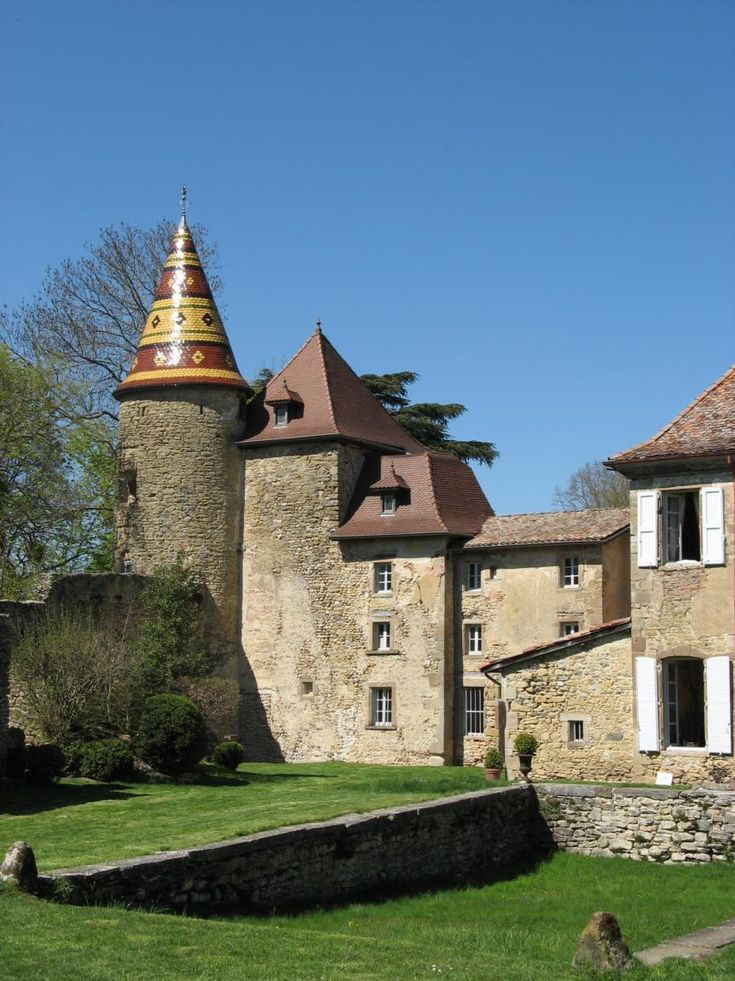 Château de Vallin ~ St-Victor-de-Cessieu ~ Rhône-Alpes ~ France