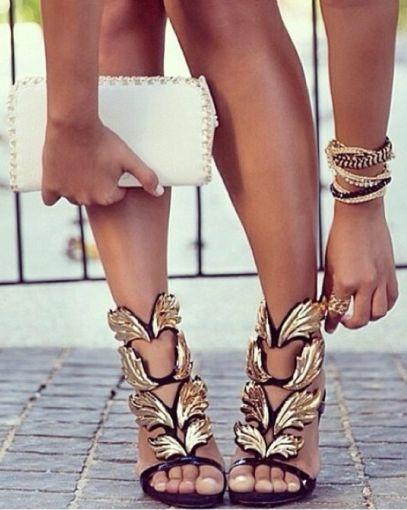 There is 1 tip to buy these shoes: high heels leaves gold black black and  gold wing high heels gold girl.