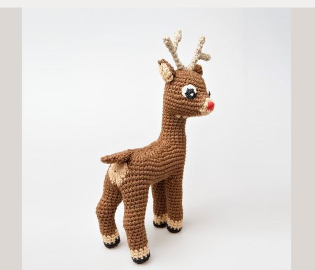 StuffTheBody offers a free amigurumi #crochet pattern for an adorable little Rudolph the Red-Nosed Reindeer