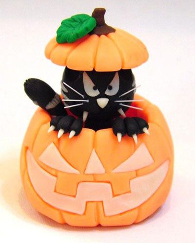 Air Dry Clay Tutorials: Halloween Cat in a Pumpkin