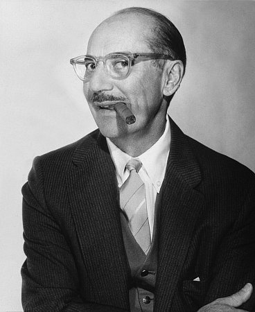 Groucho Marx: Movies Actor, Favorite Actor, Celebrity Vintage, Groucho Marx ღ, Hermanos Marx, Marx Bros, Marx Brother, Marx Pictures, Henry Groucho