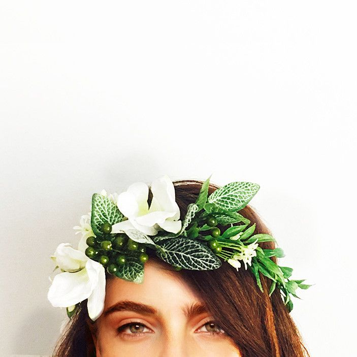 This crown is handcrafted with berry, dendrobium orchid, fittonia bush and willow vine.    Perfect for your engagement, bridal shower or hen's night; you can wear it confidently knowing it won't wilt or fall apart throughout the day. We love that you can wear it again after your special event or keep it as a treasured memento.