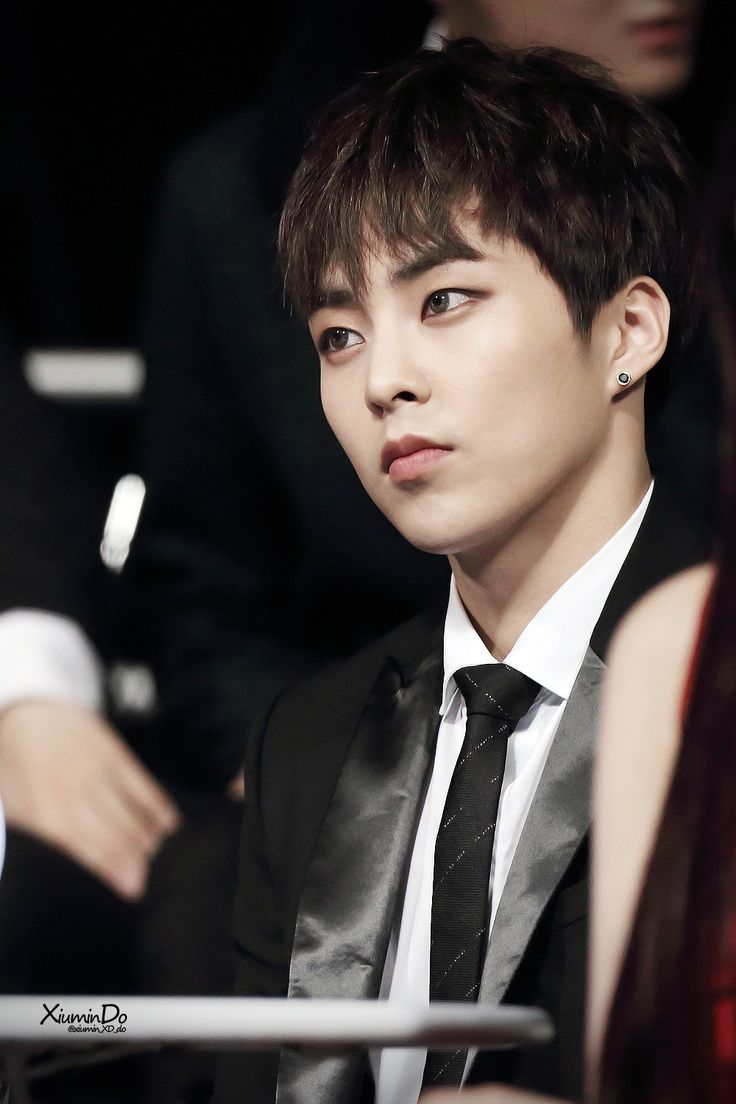 Minseok   Xiumin   EXO<<< THIS IS THE MAN THAT GOT ME INTO EXO. I SAW HIS BEAUTIFUL FACE WATCHING BTS PERFORM AT MAMA AND I HAD TO FIND OUT WHO HE WAS. MY LIFE WAS NEVER THE SAME