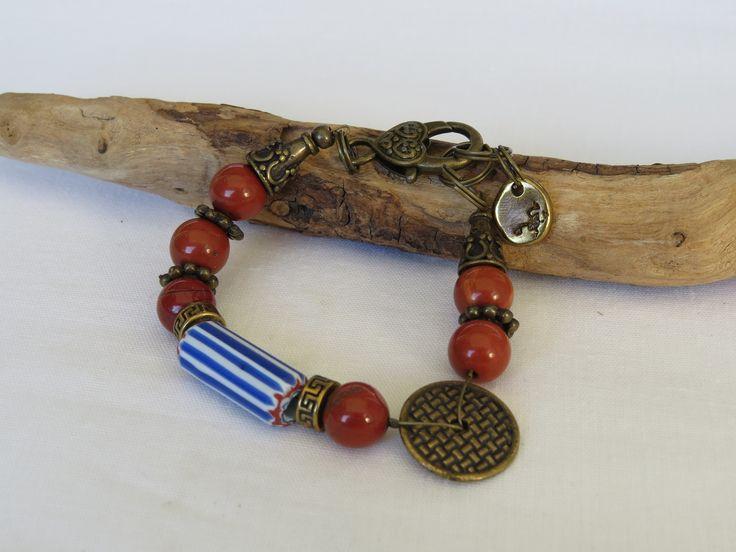 Bracelet ethnique perle chevrons et jaspe rouge : Bracelet par triciaperles