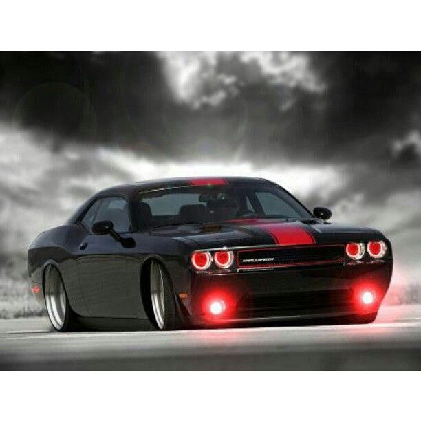 Dodge Challenger: pure American muscle