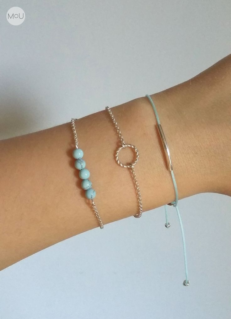 Turquoise-minty bracelet set with silver twiggy, wreath and howlite.